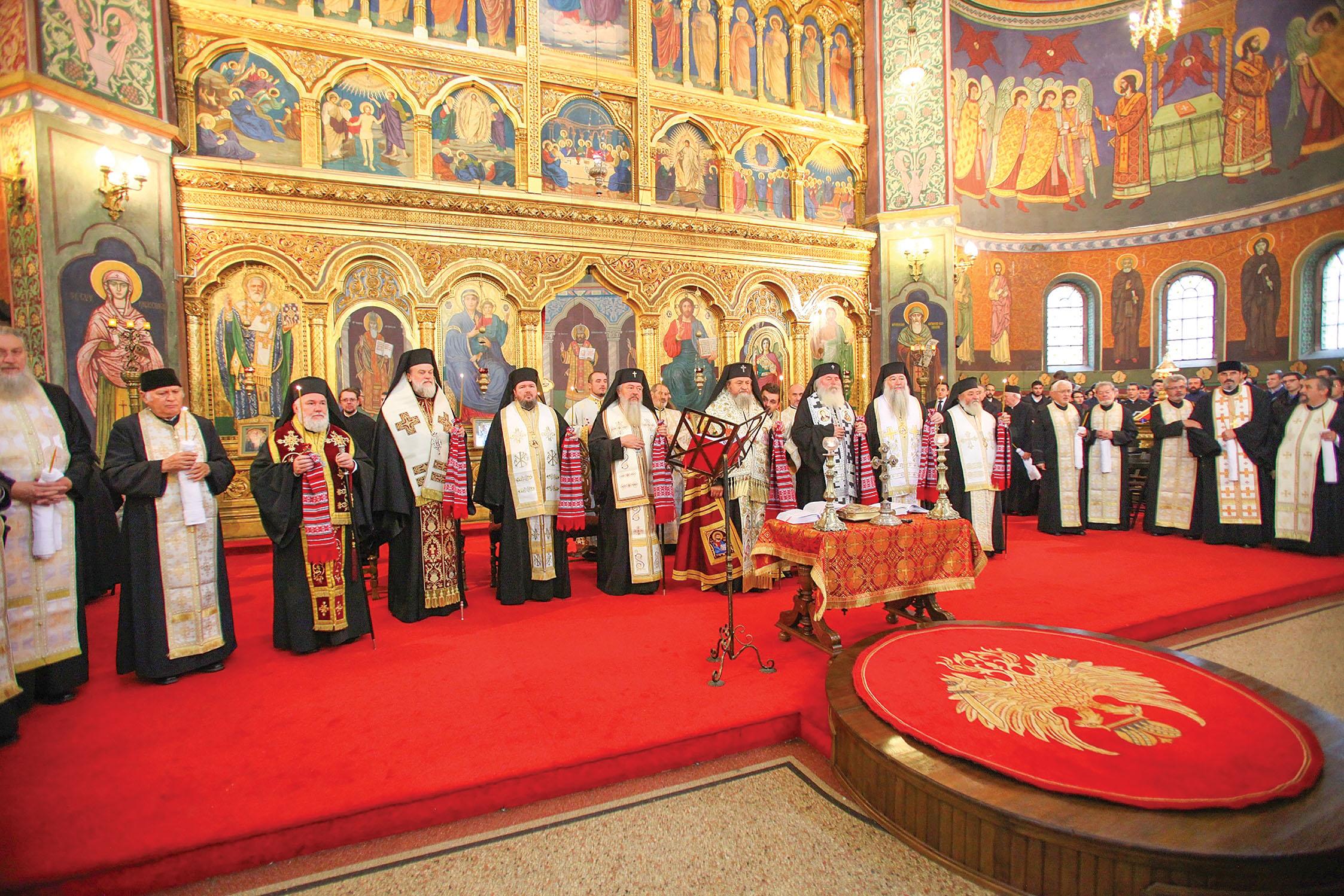 Părintele Constantin Voicu a fost condus pe ultimul drum