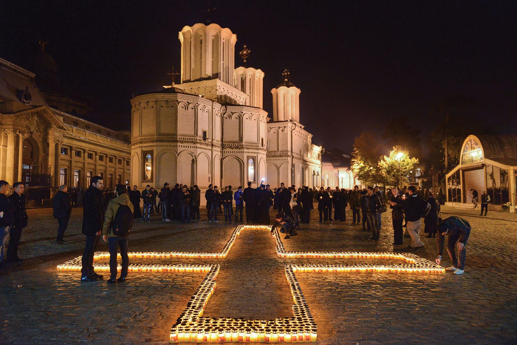 Rugăciune stăruitoare pentru pace şi unitate la Catedrala Patriarhală