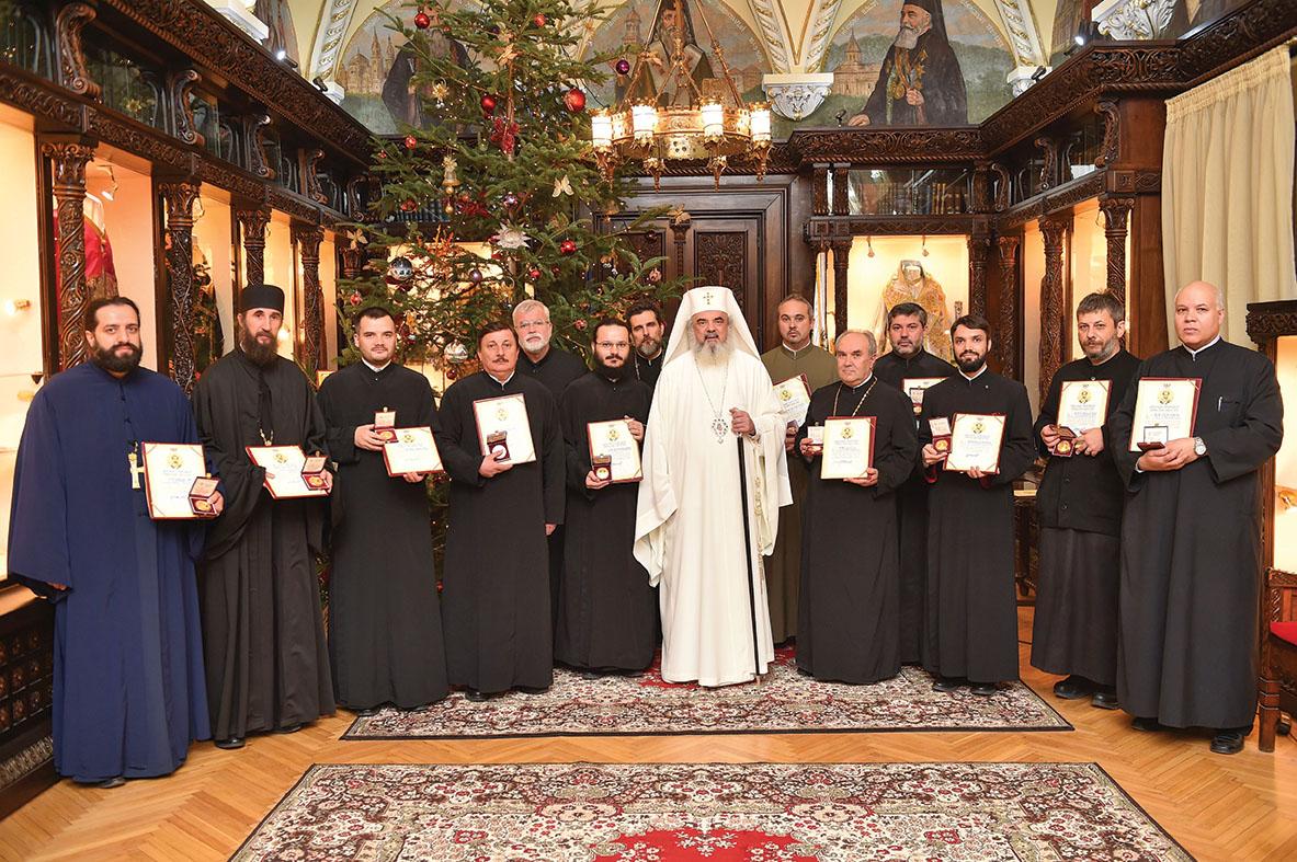 Distincţii pentru preoţii unităţilor medicale din Capitală