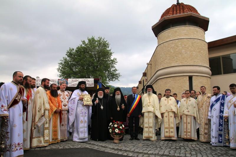 Renovarea criptei martirilor de la Niculiţel