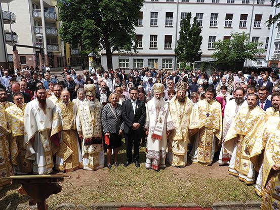 Sfințirea bisericii Parohiei românești din Aschaffenburg, Germania