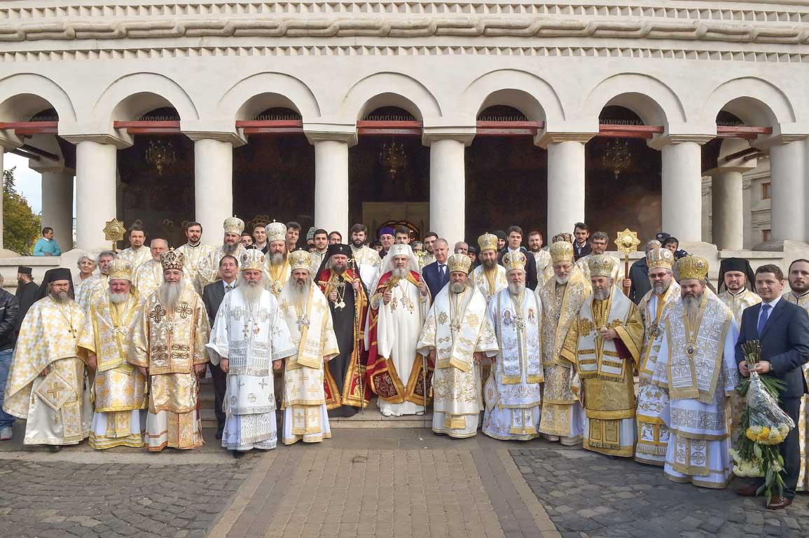 IPS Părinte Arhiepiscop Nicolae Condrea ridicat în demnitatea de Mitropolit ortodox român al celor două Americi