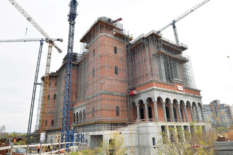 Continuă lucrările la Catedrala Mântuirii Neamului
