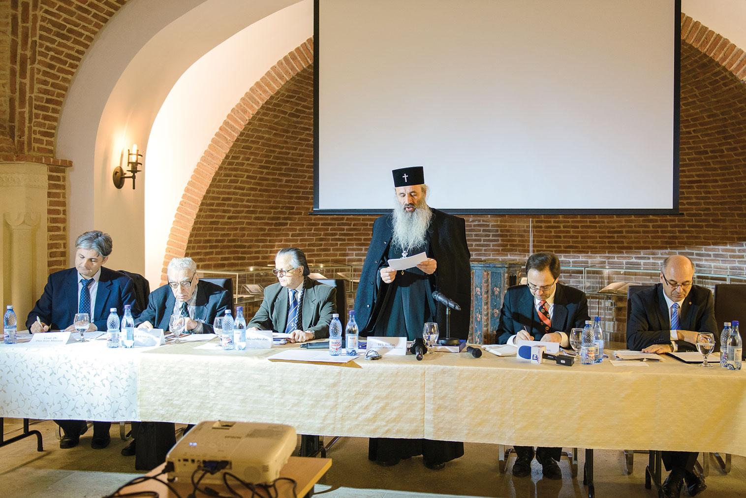 Colocviu dedicat oficializării limbii române în Moldova