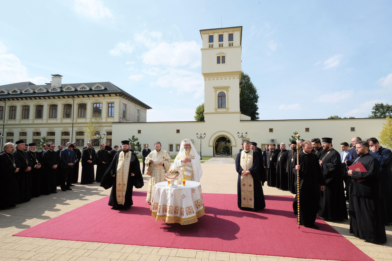 Un deceniu de patriarhat al Preafericitului Părinte Daniel celebrat împreună cu membrii Permanențelor Consiliului Național Bisericesc și ai Consiliului eparhial al Arhiepiscopiei Bucureștilor