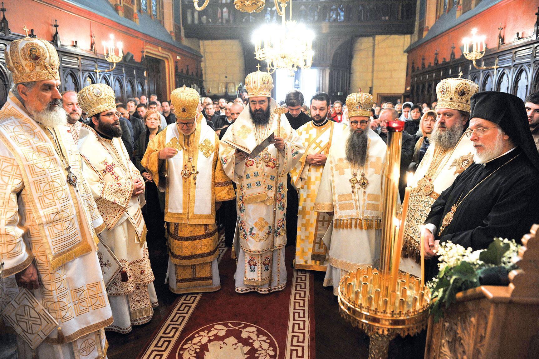 Moment aniversar la Catedrala română din Paris