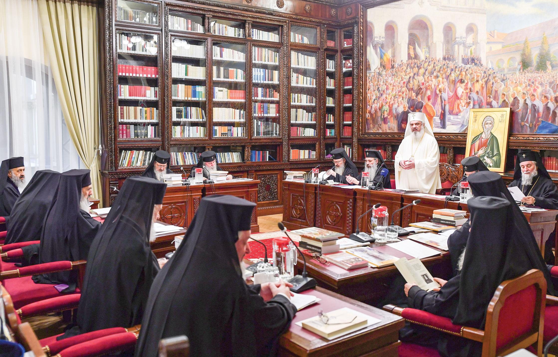 Sfântul Sinod al Bisericii Ortodoxe Române întrunit în ședință de lucru