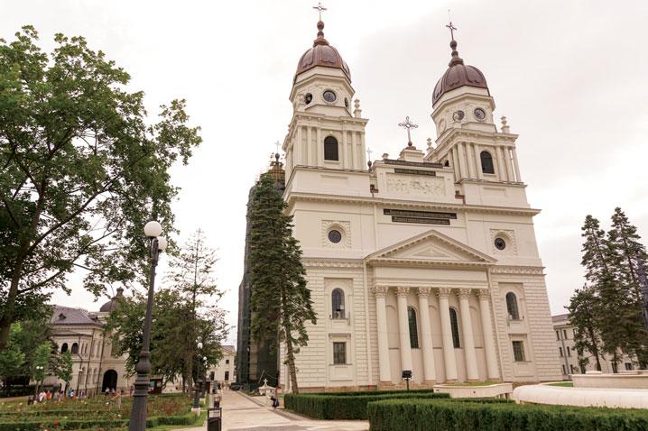 Hotărâri ale Sinodului  mitropolitan al Mitropoliei Moldovei şi Bucovinei