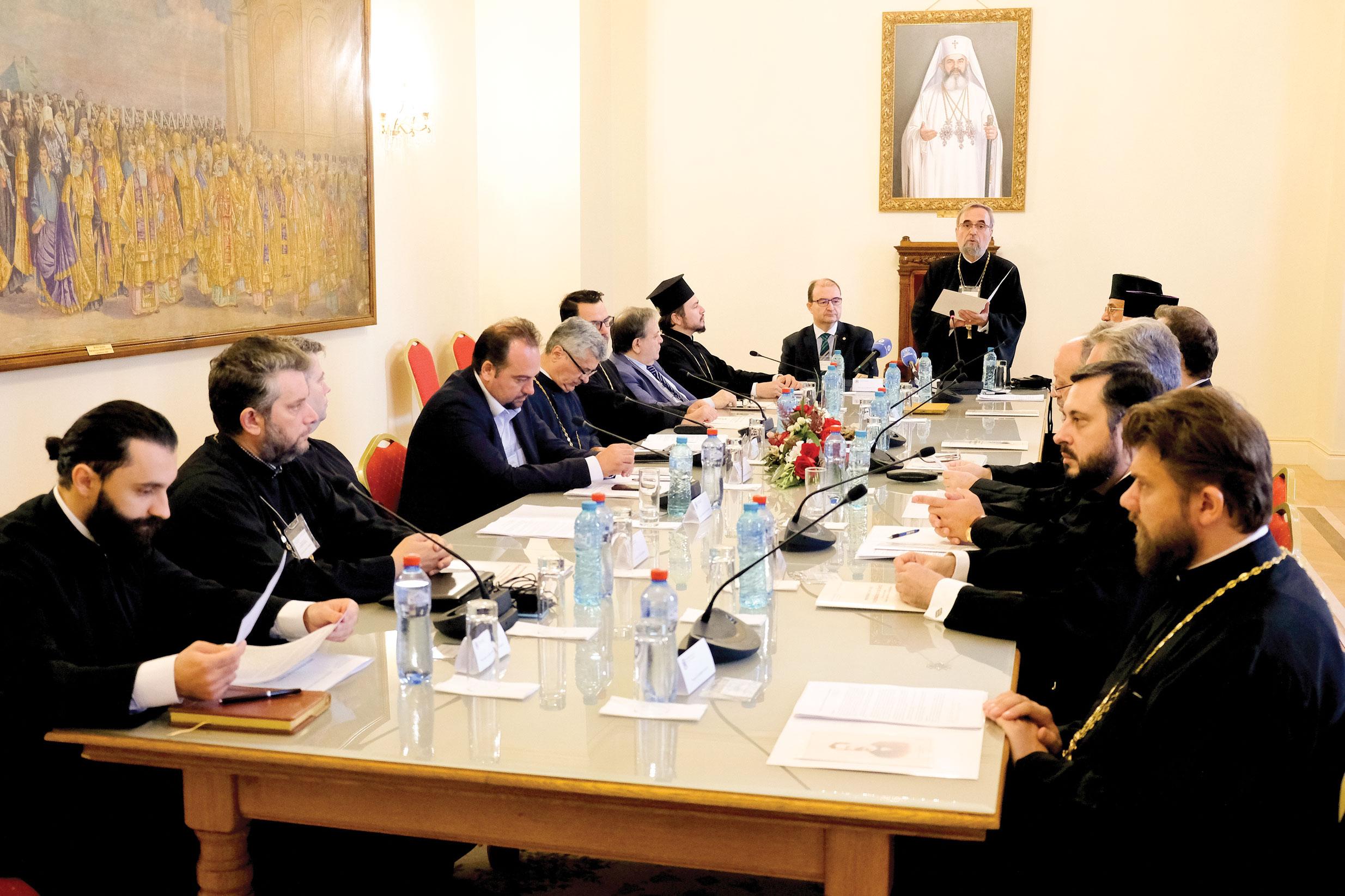 Simpozion internaţional  de Drept bisericesc  la Palatul Patriarhiei