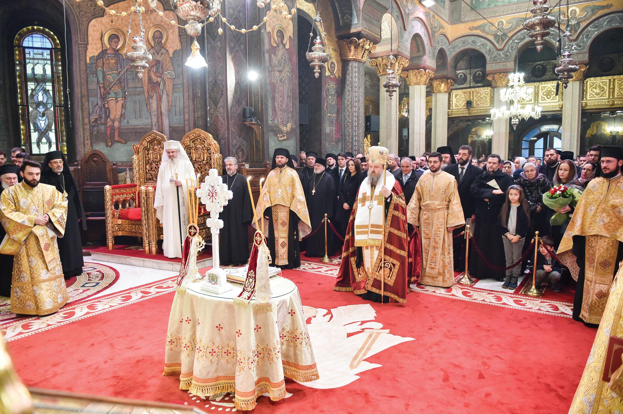 Patriarhul României și-a sărbătorit sfântul protector