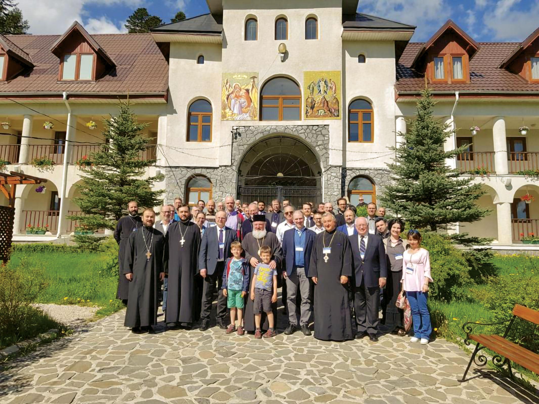 Întâlnire a bibliştilor la Mănăstirea Caraiman
