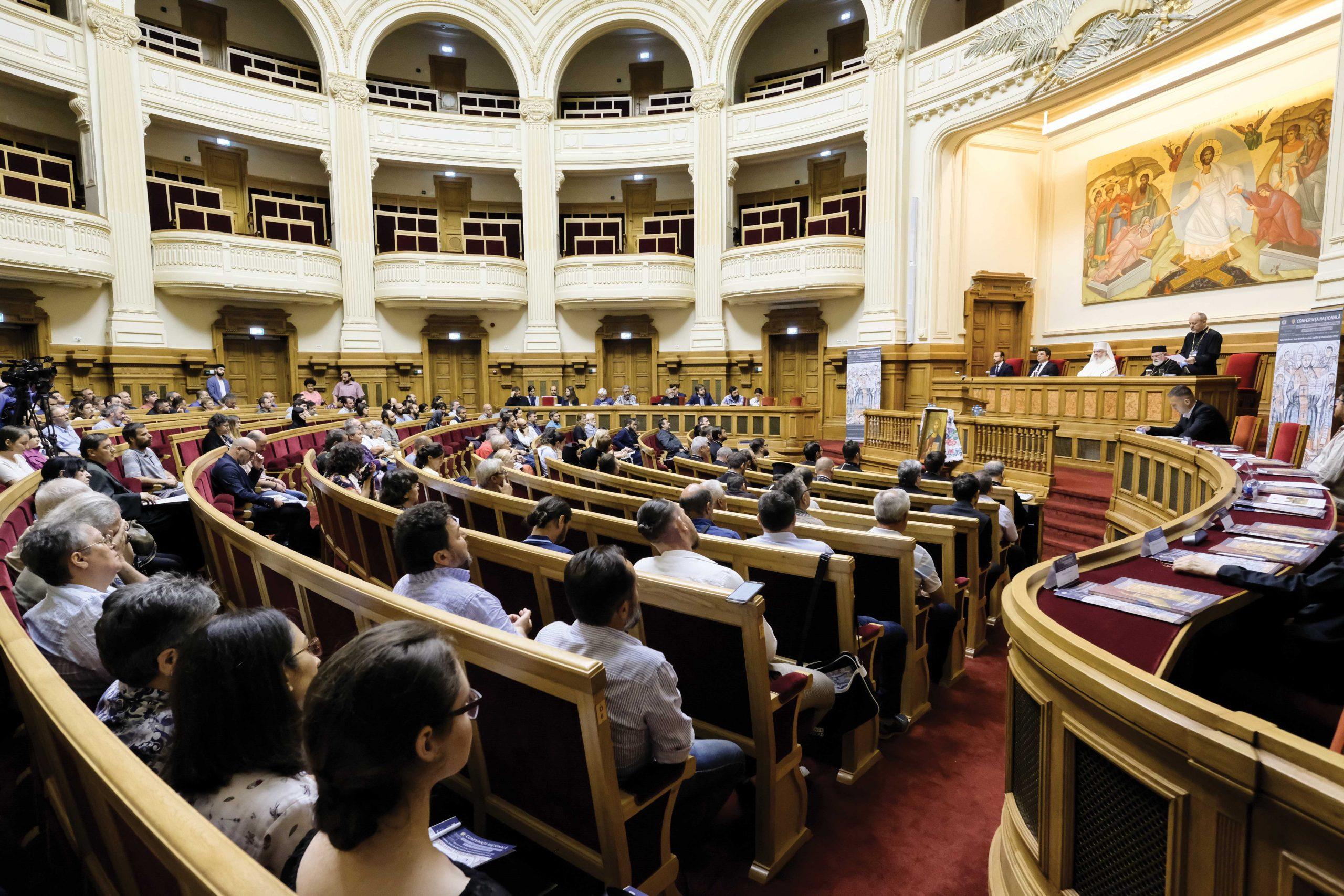 Conferință dedicată artei creștine a satului la Palatul Patriarhiei