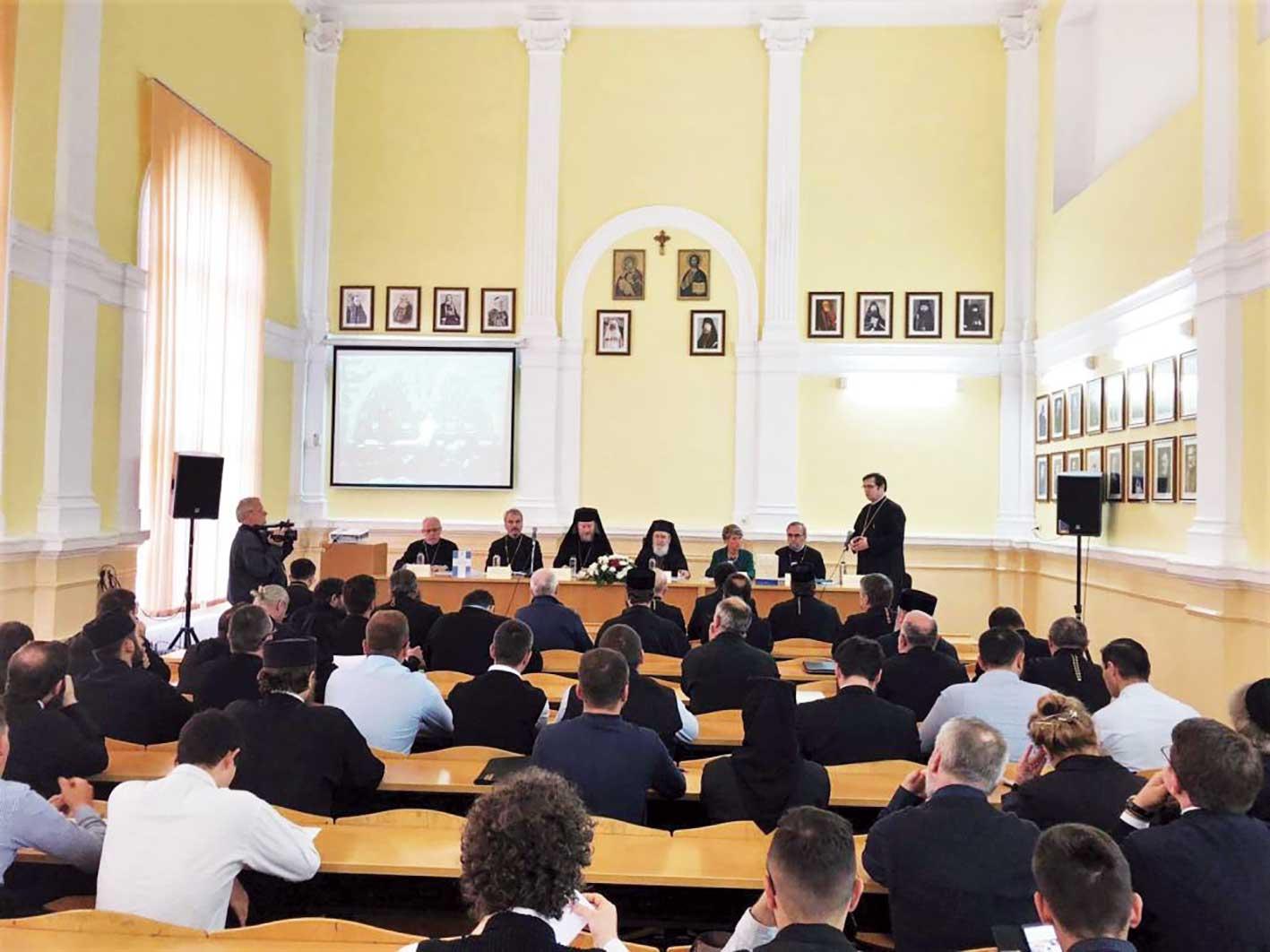 Conferință la Centrul de Studii al Facultății de Teologie Ortodoxă din Arad