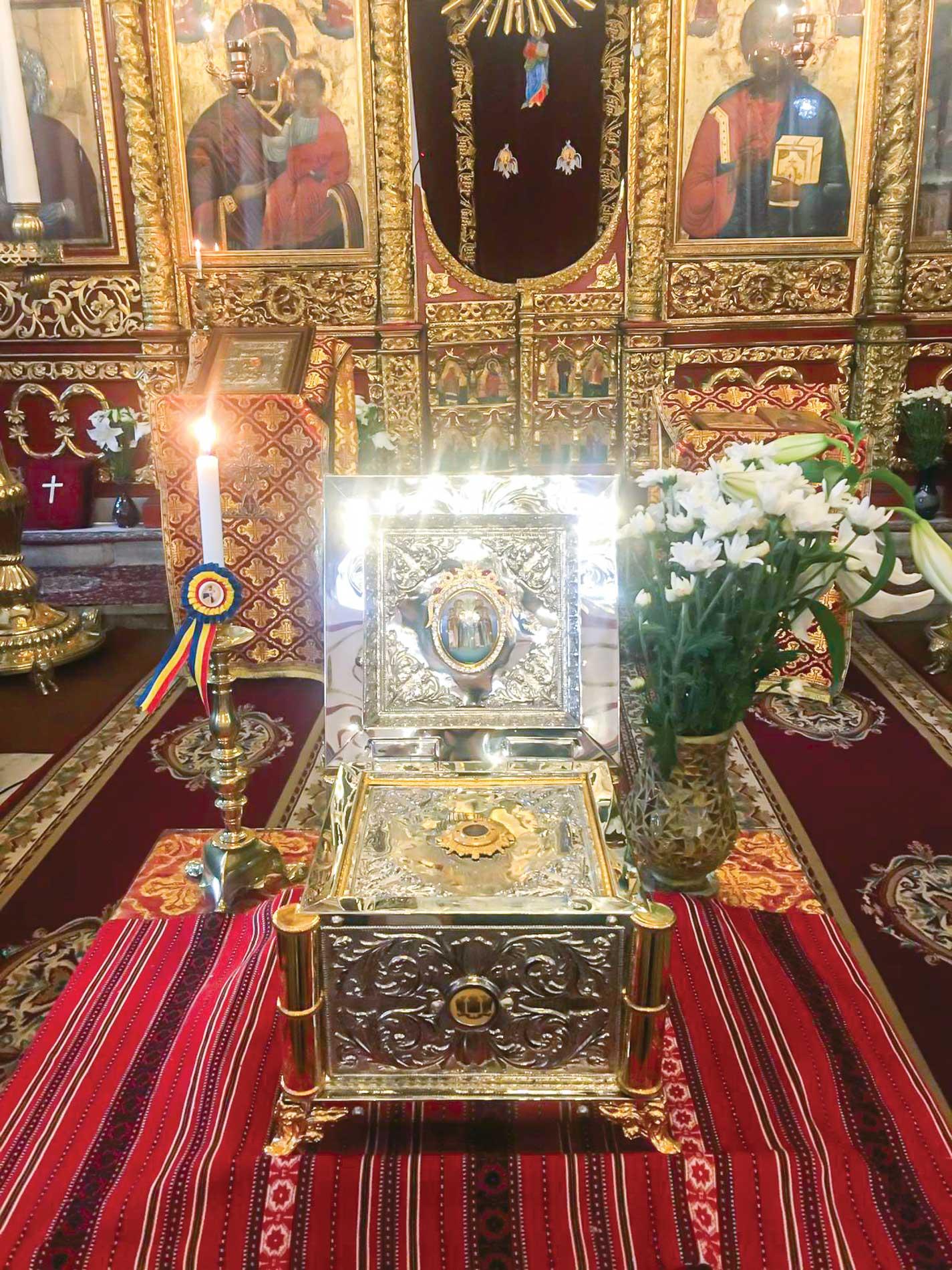 Raclă cu un fragment din moaștele Sfântului Constantin Brâncoveanu a fost donată bisericii ctitorite de el în Istanbul
