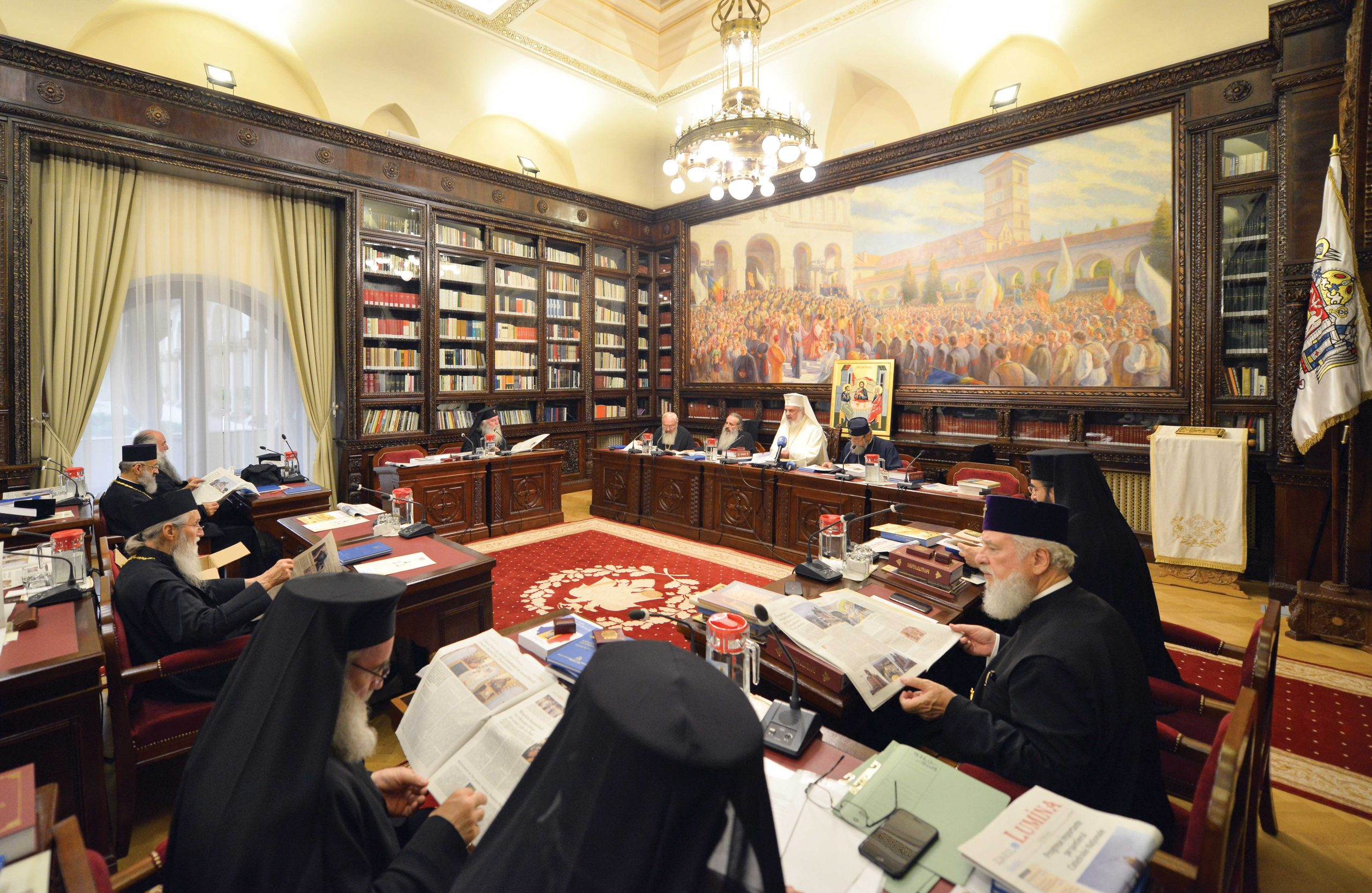 Ierarhii Bisericii Ortodoxe Române s-au reunit la Reședința Patriarhală