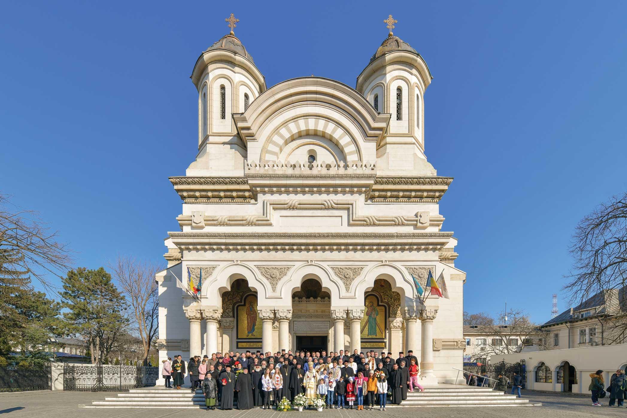 Arhiepiscopul Dunării de Jos a sărbătorit trei decenii de slujire arhierească