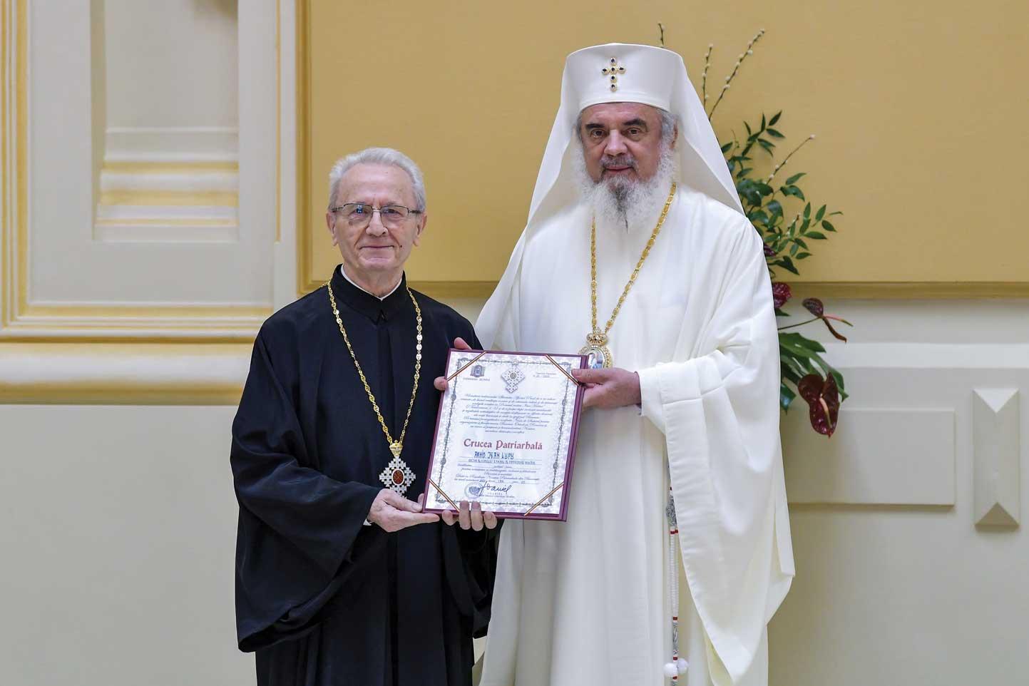 Arhidiaconul Jean Lupu, omagiat la 80 de ani de viață și 60 de ani de dirijat