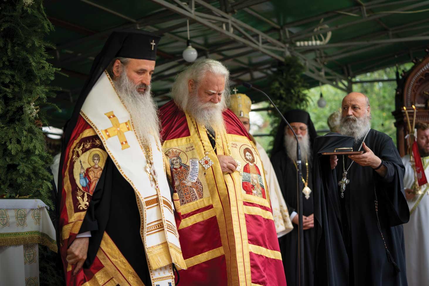 Întronizarea noului Arhiepiscop al Sucevei și Rădăuților