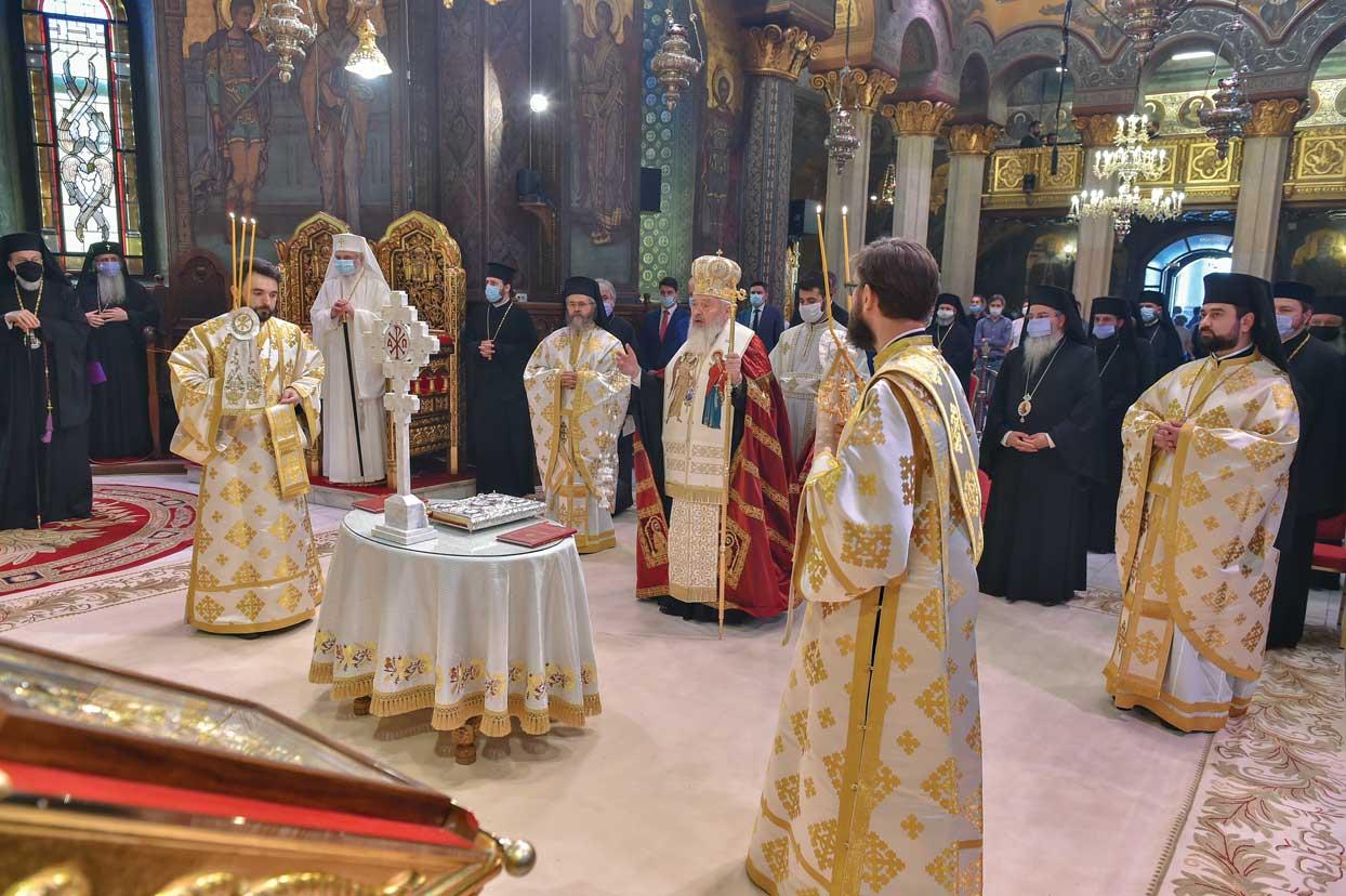 Patriarhul României a sărbătorit prin rugăciune împlinirea vârstei de 69 de ani