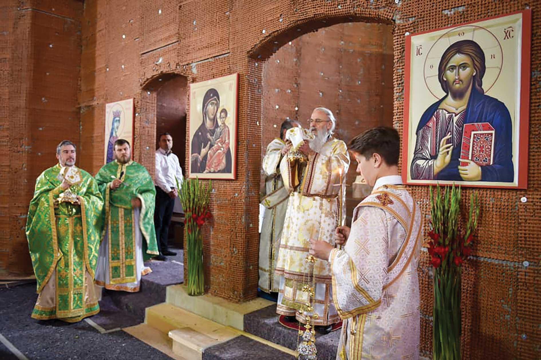 Sfințirea clopotelor noii biserici românești din Viena