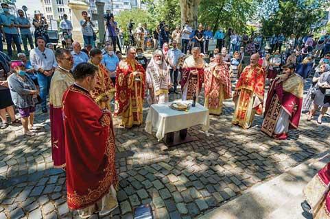 """Biserica """"Sfântul Gheorghe""""-Nou, de trei secole ocrotită de moaștele ctitorului ei"""