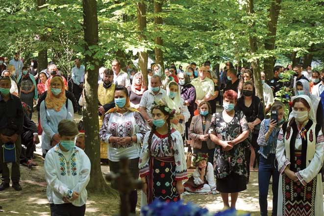 Pelerinaj de tradiţie la sărbătoarea hramului mănăstirii gălăţene Buciumeni