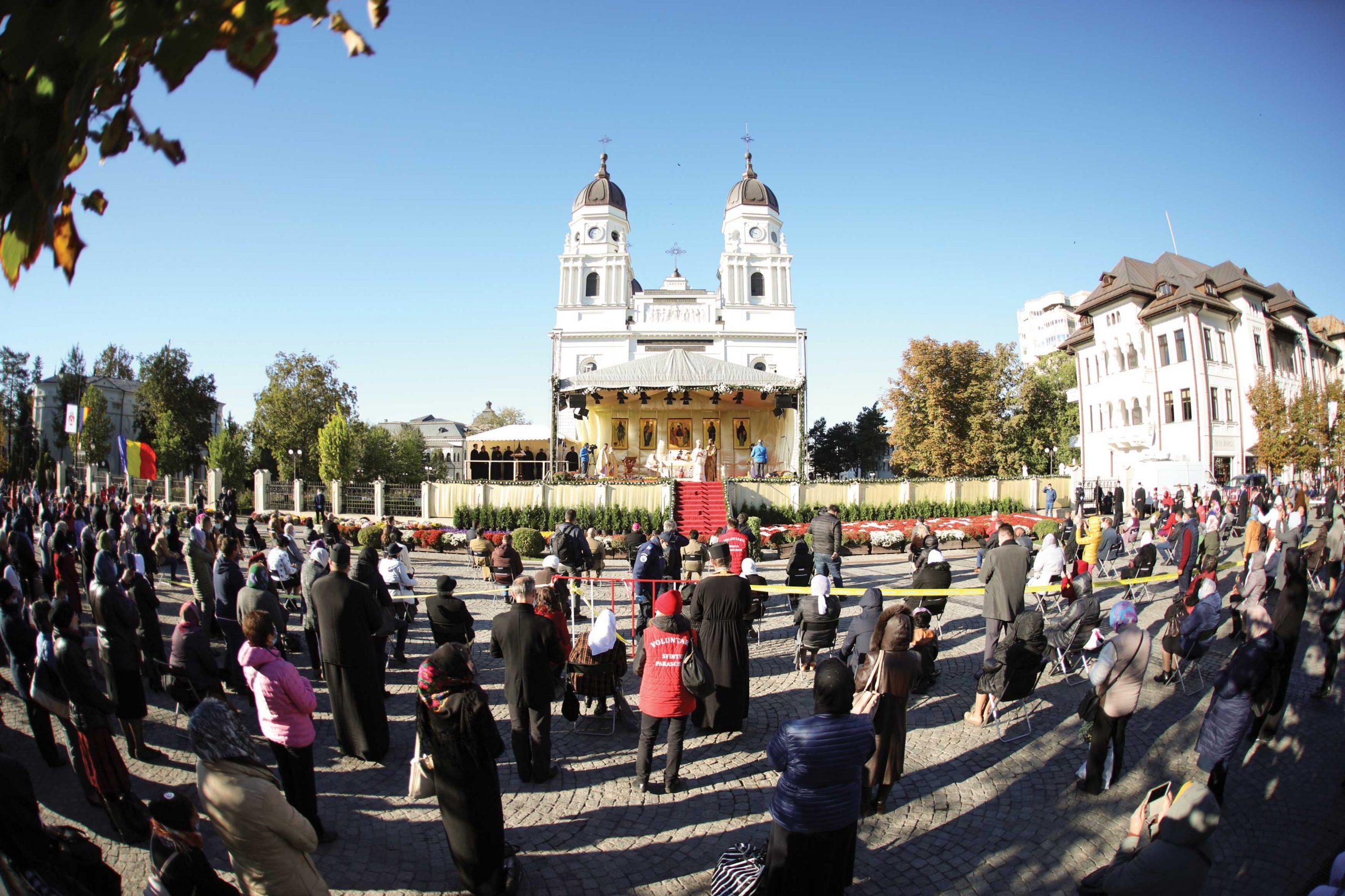 Ocrotitoarea Moldovei  şi-a primit  închinătorii