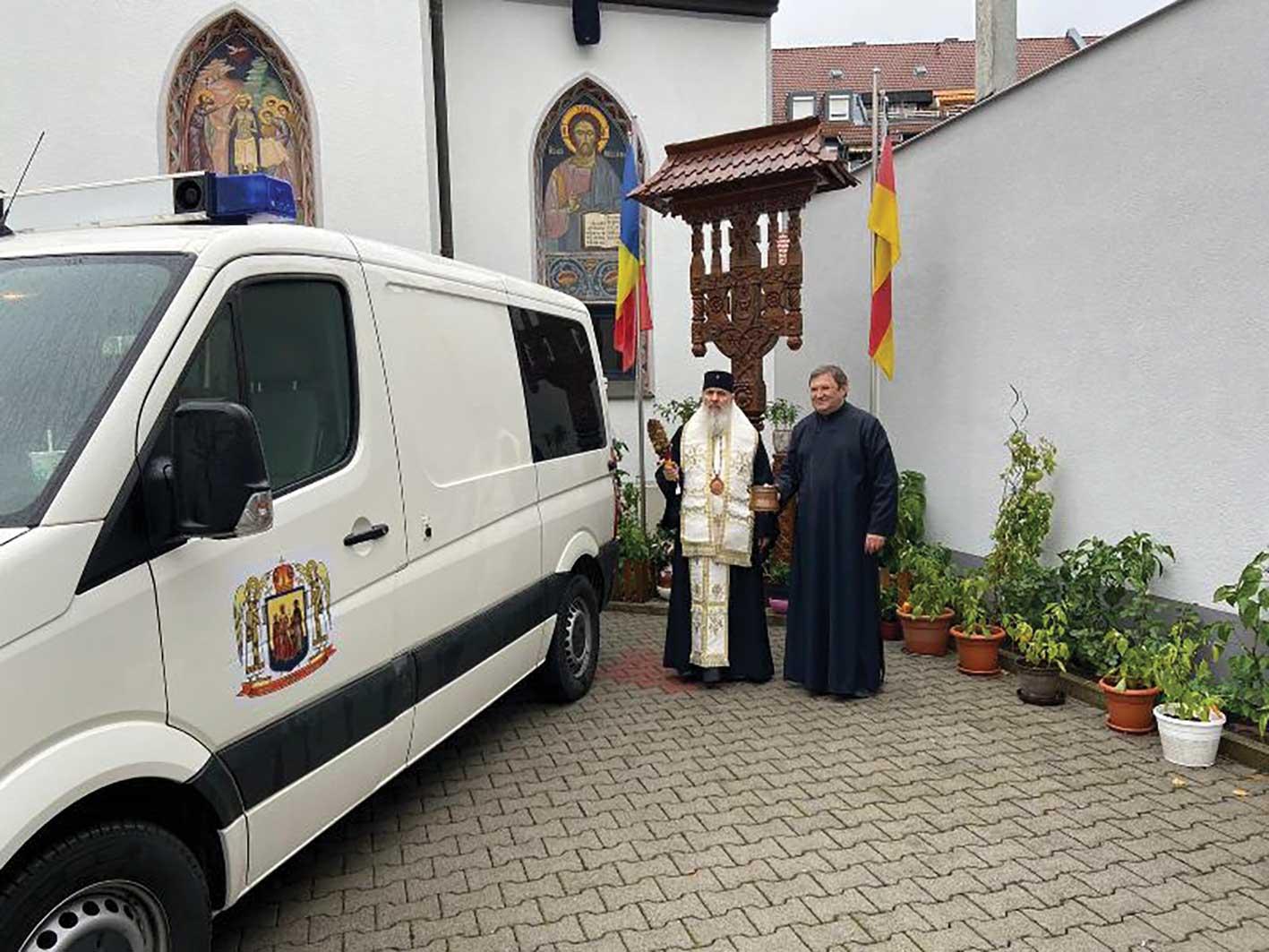 Mitropolia Ortodoxă Română a Germaniei, Europei Centrale și de Nord a oferit o ambulanță Episcopiei Hușilor