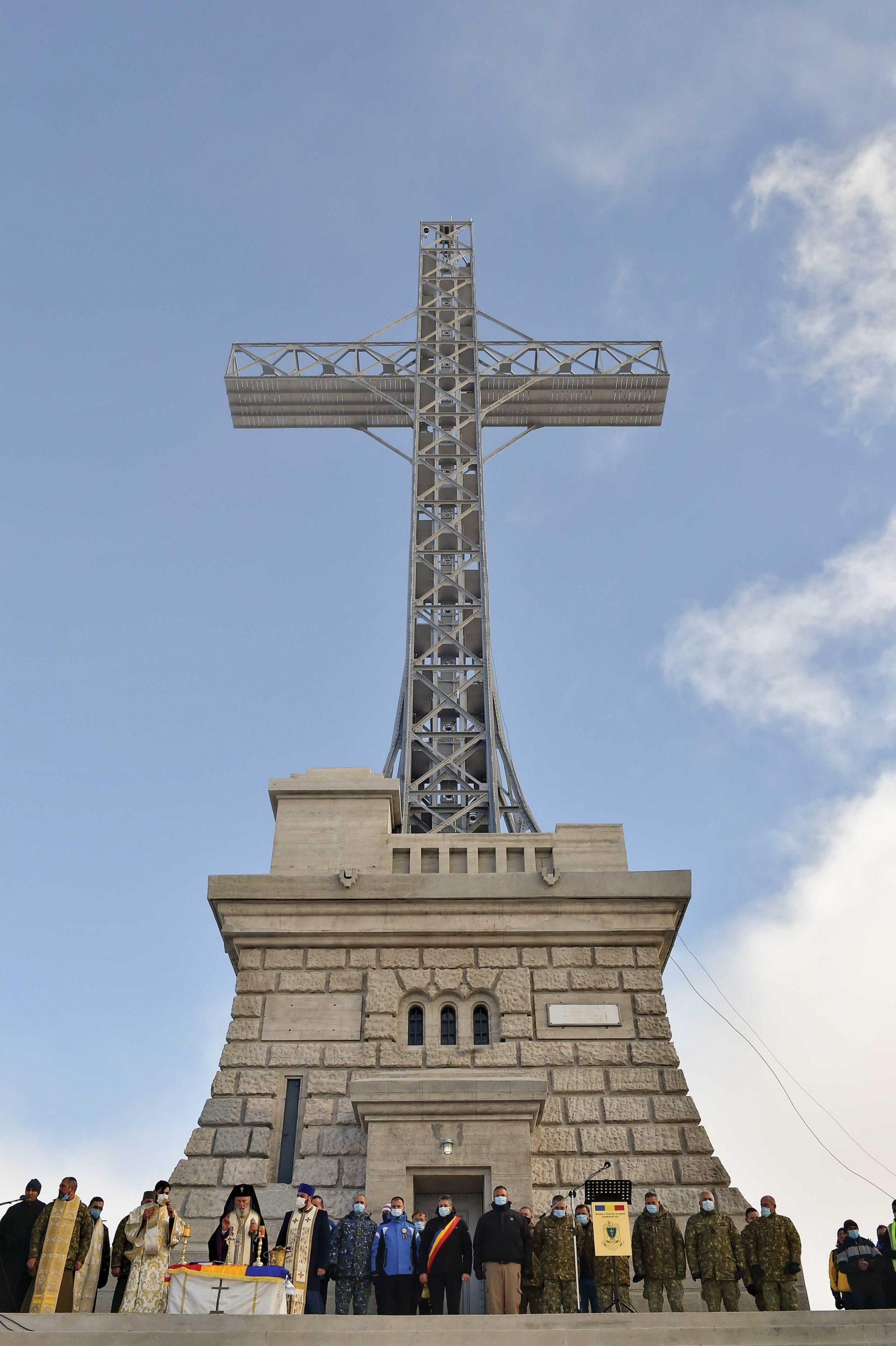 Crucea Eroilor de pe Caraiman a fost resfințită
